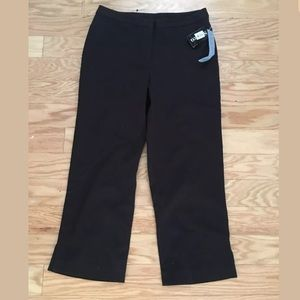 NWT STYLE AND CO Cotton Solid Black Capri Pants